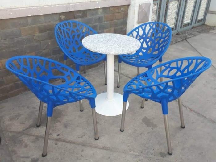 Bàn ghế nhựa cafe cao cấp6