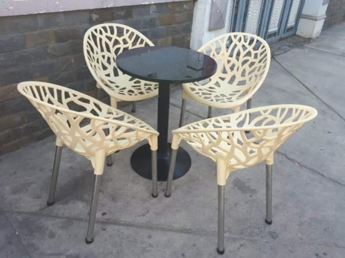 Bàn ghế nhựa cafe cao cấp5