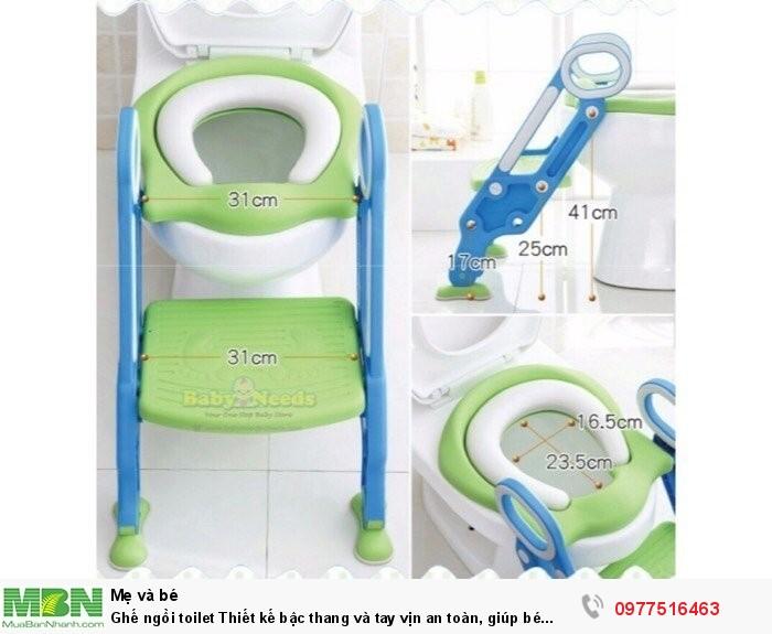 Ghế ngồi toilet Thiết kế bậc thang và tay vịn an toàn, giúp bé ngồi dễ dàng.1