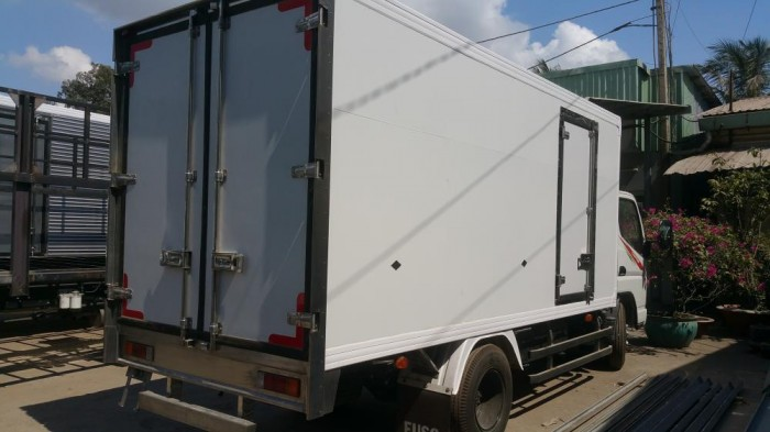 Xe tải Mitsubishi FUSO 1,9 tấn