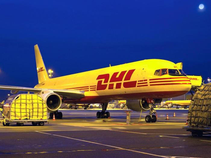 Dịch vụ gửi hàng đi Mỹ giá rẻ bao nhiêu tiền 1 kg tại Đà Nẵng