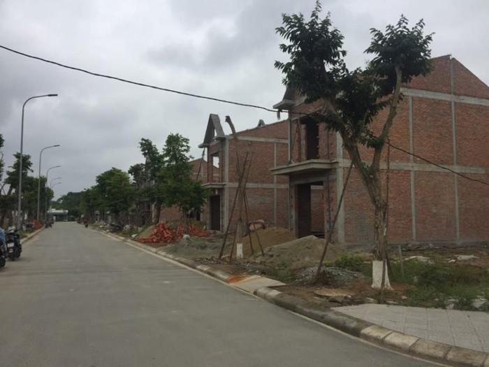 Bán đất đường Bùi Viện