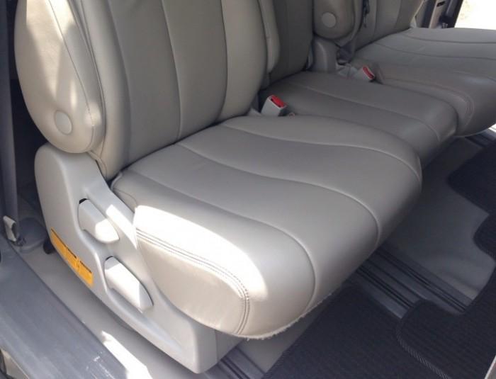 Gia đình bán xe Sienna nhập mỹ 2011 tự động màu bạc chính chủ. 5