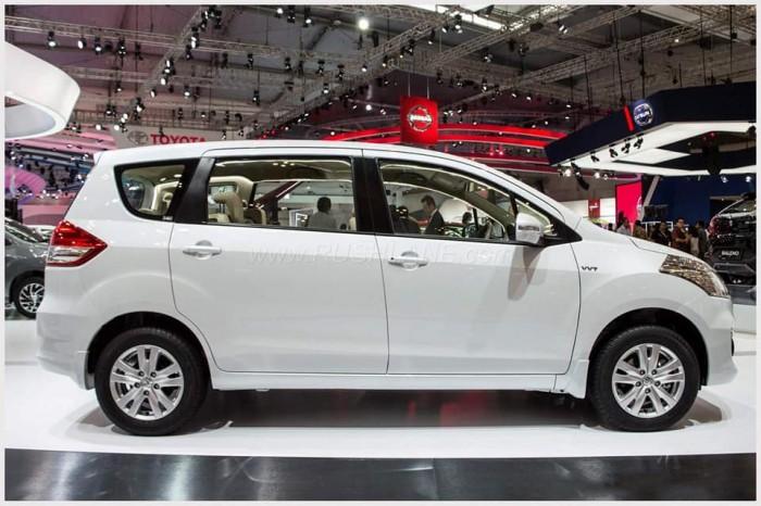 Suzuki Ertiga 7 chổ (nhập khẩu nguyên chiếc từ Indonesia,tiết kiệm xăng)