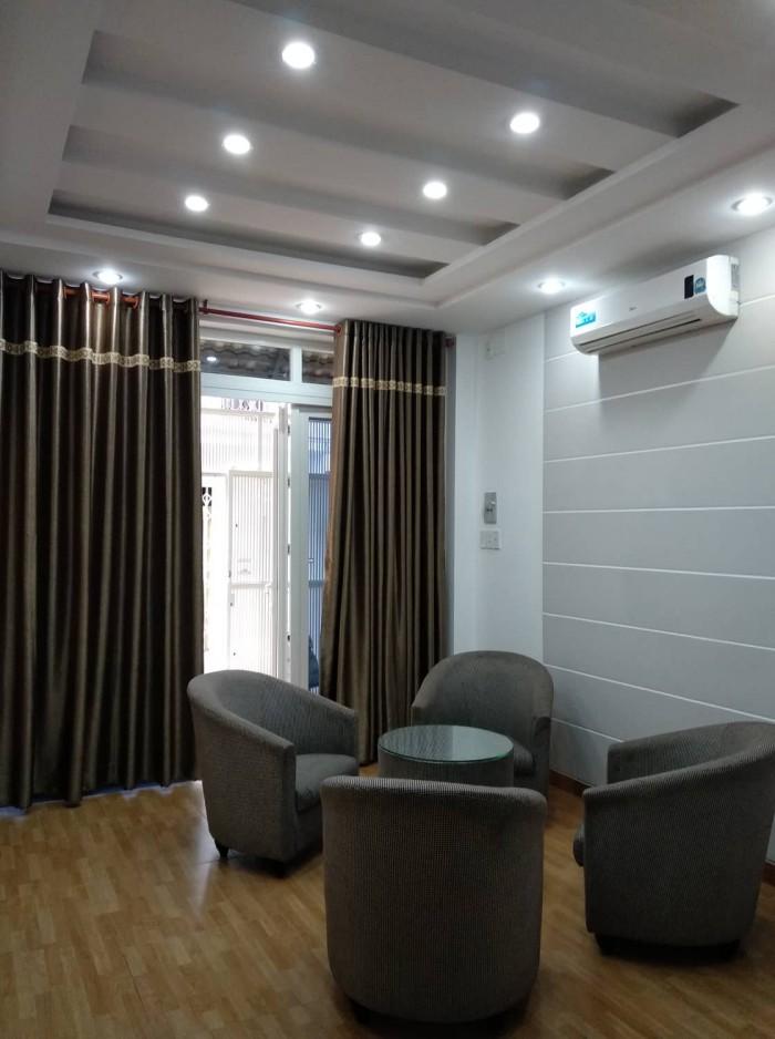 Tôi đang bán 01 căn nhà mặt tiền- xe hơi Nguyễn Văn Công, Gò Vấp, 40m2 - có thương lượng.