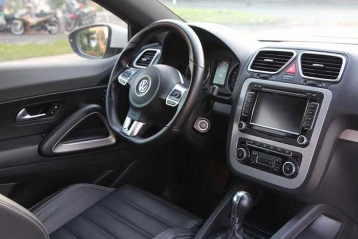Chính chủ mình bán Volkswagen scirocco sport 2010 at 2.4 màu trắng đẹp. 3