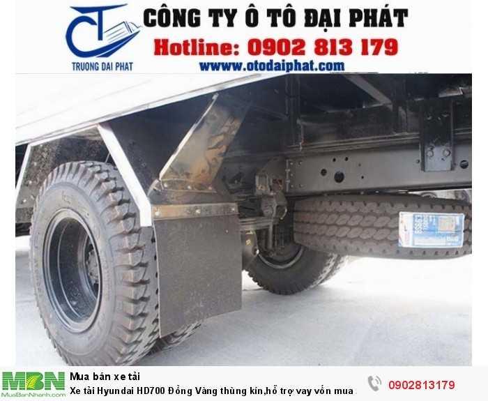 Xe tải Hyundai HD700 Đồng Vàng thùng kín,hỗ trợ vay vốn mua xe trả góp 80%