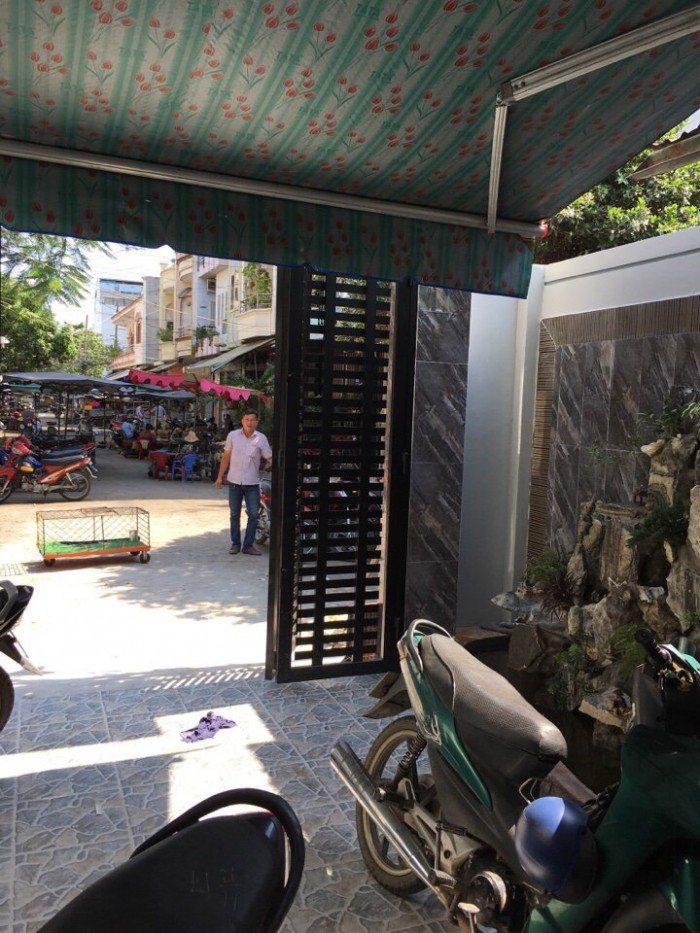Nhà hẻm giá tốt đường Bờ Bao Tân Thắng , DT 5m x 23,6m