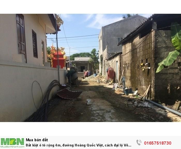 Đất kiệt ô tô rộng 4m, đường Hoàng Quốc Việt, cách đại lộ Võ Nguyên Giáp 100m