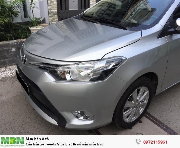 Cần bán xe Toyota Vios E 2016 số sàn màu bạc