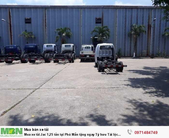 Mua xe tải Jac 1,25 tấn tại Phú Mẫn tặng ngay Tỳ hưu Tài lộc trong tháng!