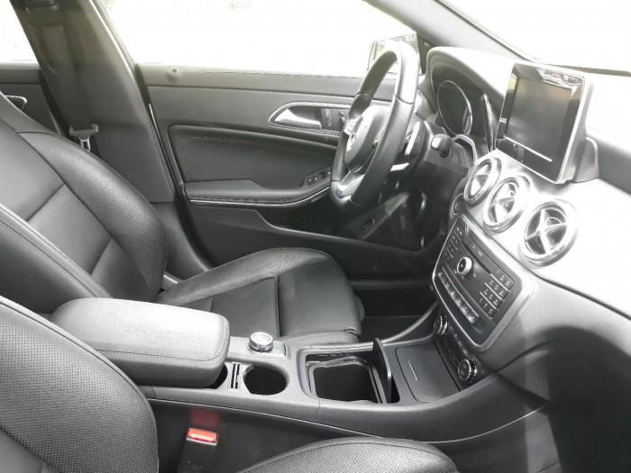 Bán Mercedes-Benz CLA250 2016 cũ đã qua sử dụng chính hãng 2