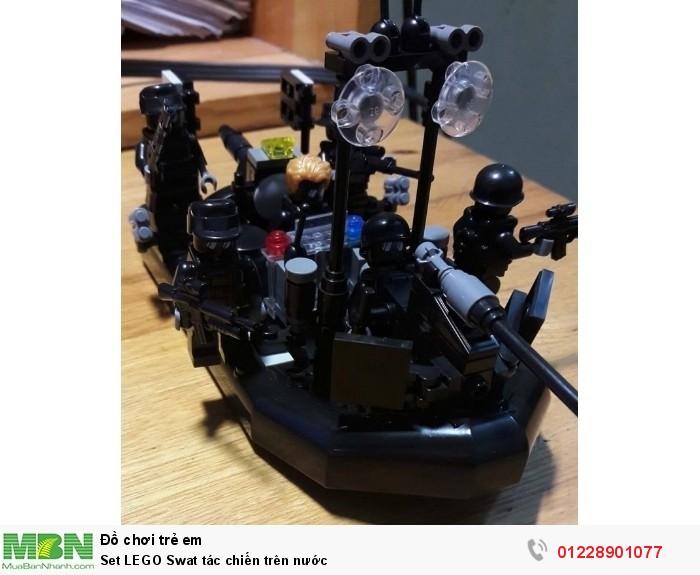 Set LEGO Swat tác chiến trên nước