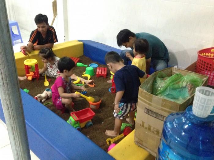 Nhà liên hoàn khu vui chơi em bé4