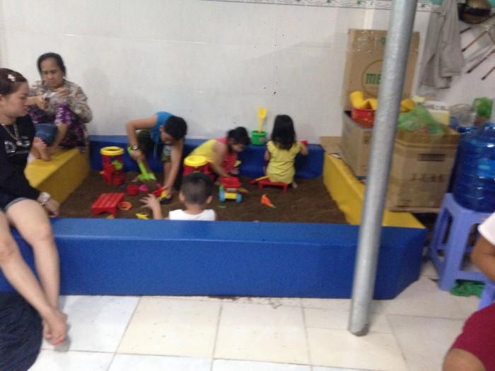 Nhà liên hoàn khu vui chơi em bé2