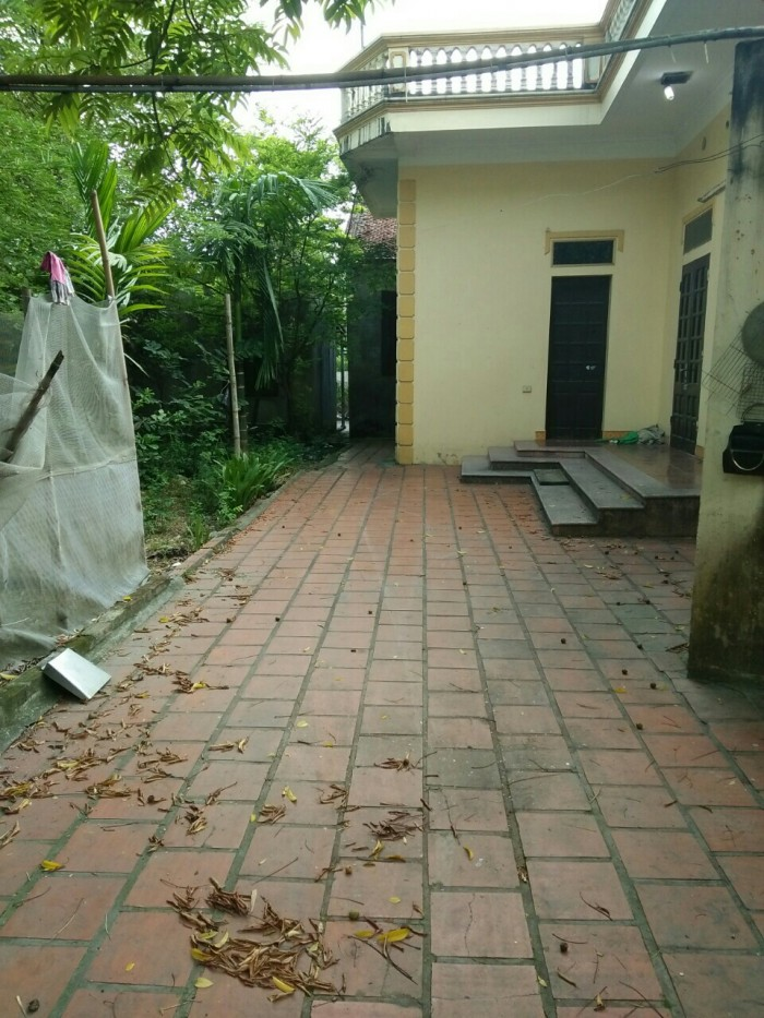Cần bán gấp lô đất đã có nhà ở.