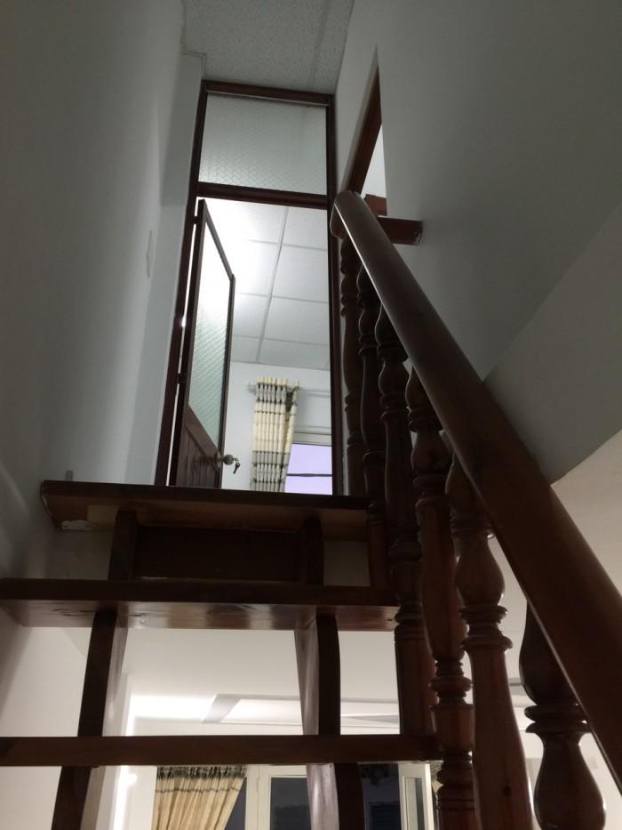 Nhà Nguyễn Sơn quận Tân Phú sổ hồng 2 phòng ngủ