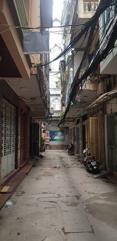Bán Nhà Phân Lô OTO 50m2,  5 tầng,  Nguyễn Khánh Toàn - Cầu Giấy, Hà Nội