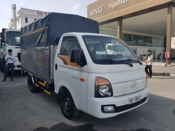 Giá Xe Tải Hyundai Porter H150 1.5 Tấn Thùng Kín Euro4 2018 - Tặng Kèm Định Vị GPS 2