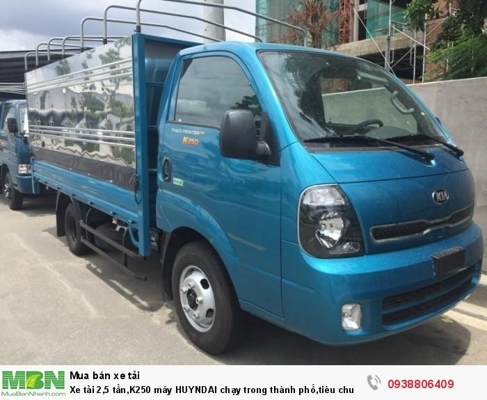 Xe tải 2,5 tấn,K250 máy HUYNDAI chạy trong thành phố,tiêu chuẩn E4
