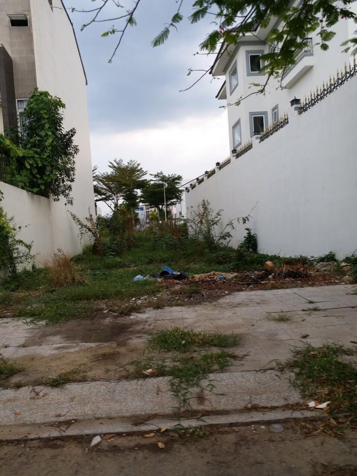 Bán đất thổ cư 160m2, Nở hậu. đường Phạm Hữu Lầu, Quận 7.