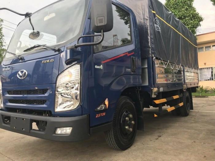 Bán xe tải Hyundai iz65 mới, giá cả cạnh tranh
