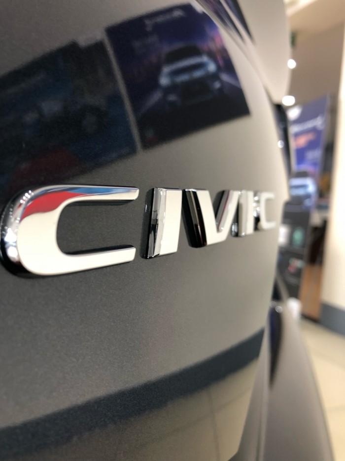 Honda Civic 1.8 Nhập Khẩu Nguyên Chiếc Từ Thái Lan 1