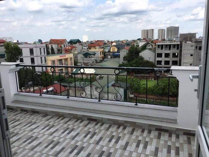 Cần bán nhà 5 tầng đẹp lung linh tại phố Đàm Quang Trung.