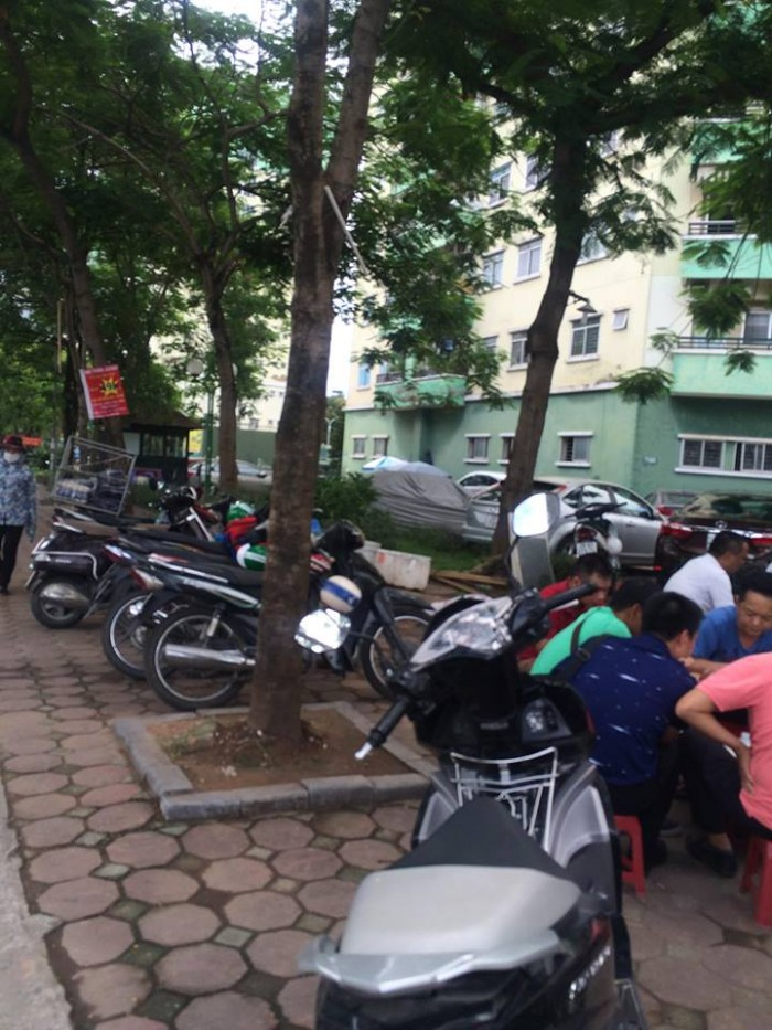 Bán nhà mặt phố Kim Giang, Hoàng Mai 105m2.