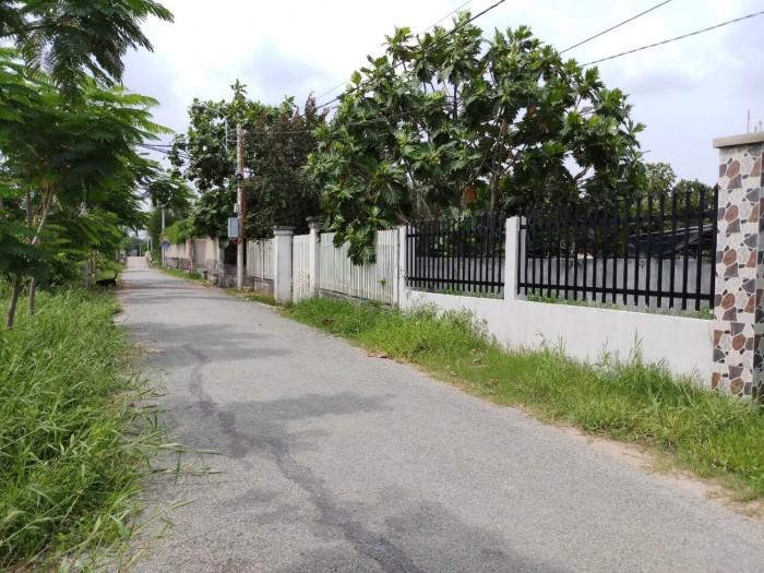 Bán gấp 1700m2 đất mặt tiền đường Hóc Hưu, Bình Chánh