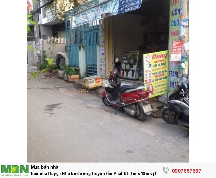 Bán nhà Huyện Nhà bè đường Huỳnh tấn Phát DT 4m x 19m vị trí buôn bán