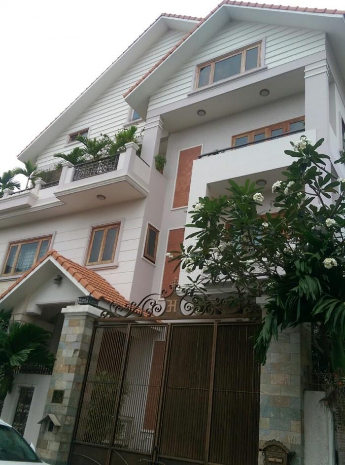 Nhà biệt thự 2 mặt tiền đường 64 phường Thảo Điền 274m2