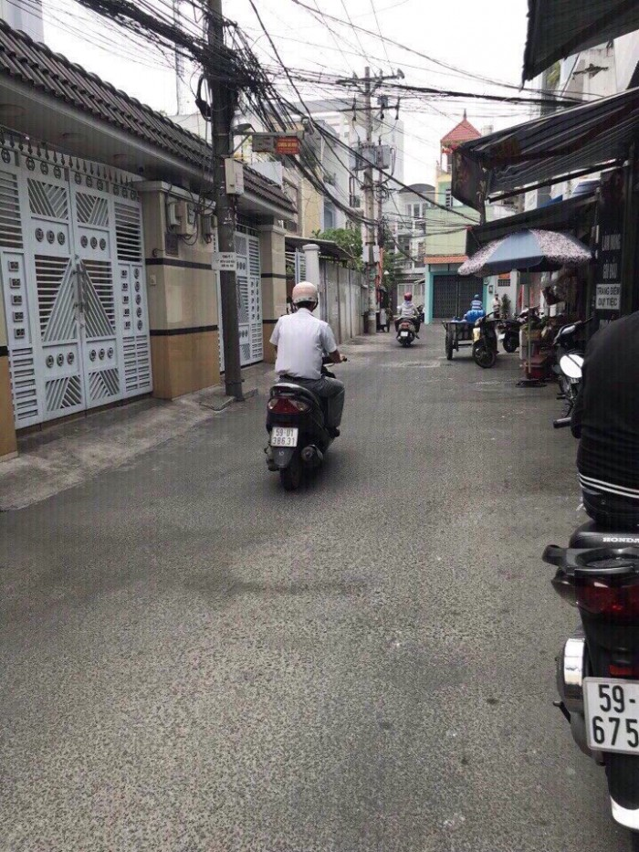 Bán nhà hẻm đường Khuông Việt , P Phú Trung Q Tân Phú