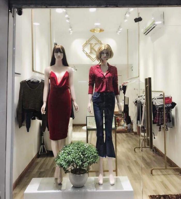 Cần sang nhượng shop quần áo nữ cao cấp với giá hữu nghị