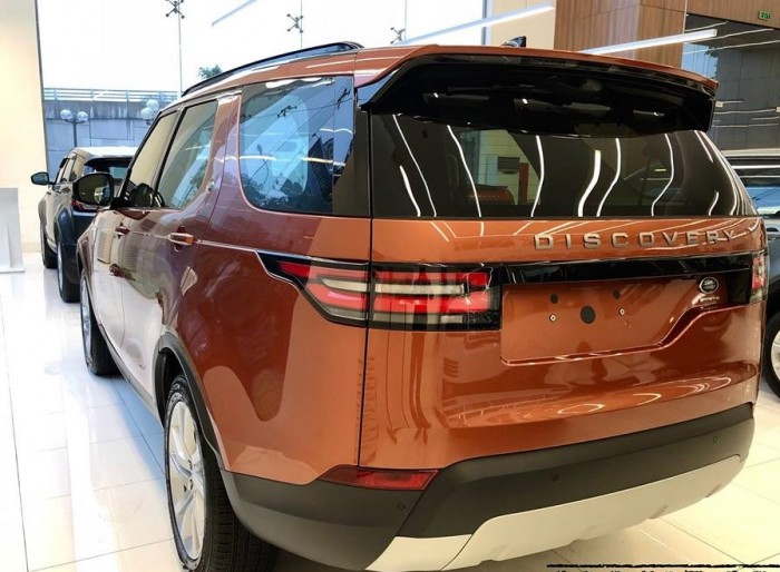 Land Rover Discovery sản xuất năm 2017 Số tự động Động cơ Xăng
