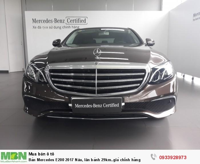 Bán Mercedes E200 CŨ 2018 Nâu, lăn bánh 29km..giá chính hãng