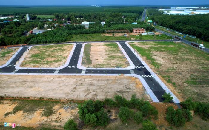 Chính chủ cần bán đất sổ riêng thổ cư ngay mặt tiền quốc lộ 51, ở Long Phước