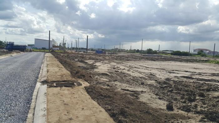 Cần bán đất mặt tiền QL50 thuộc huyện cần đước