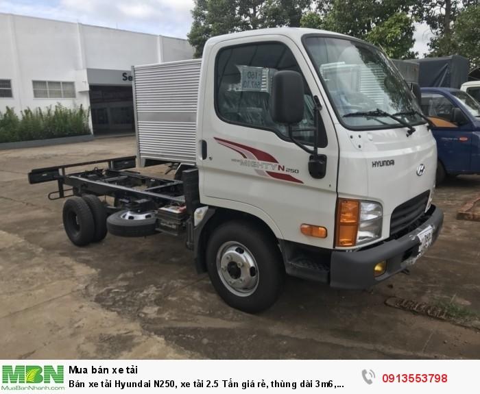 Bán xe tải Hyundai N250, xe tải 2.5 Tấn giá rẻ, thùng dài 3m6, trả trước 100 triệu giao xe ngay