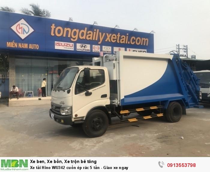 Mua xe tải Hino WU342 cuốn ép rác 5 tấn - Gọi 0913553798 (24/24)