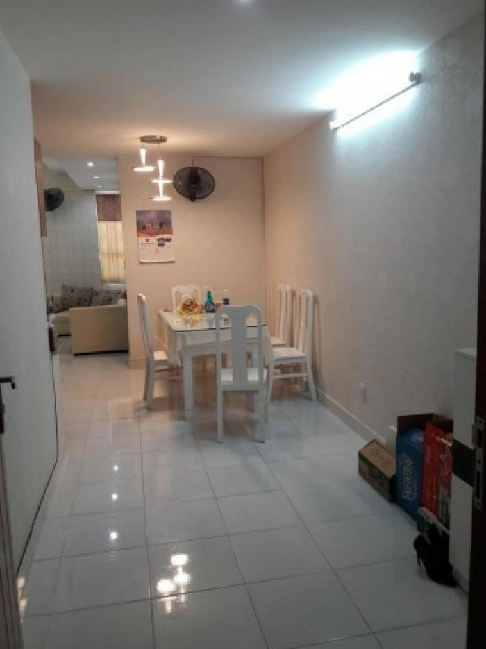 Bán căn hộ Sài Gòn Town lầu 2 đầy đủ tiện nghi 2PN 60m2