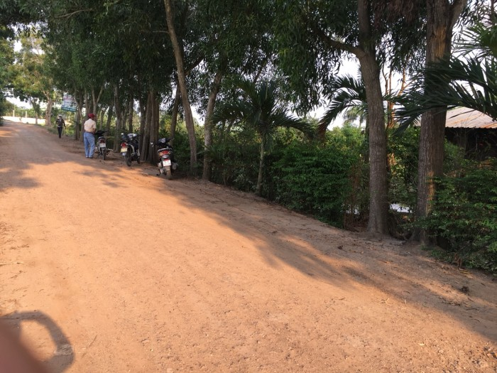 Bán 103m2 đất xã Hưng Long, Bình chánh.