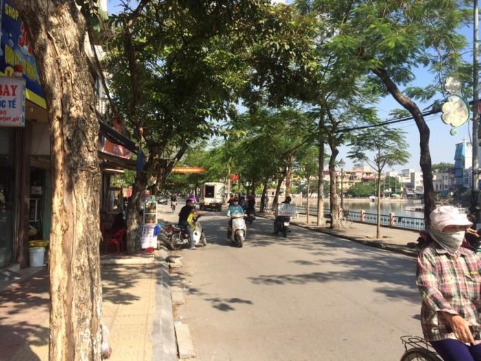 Cho thuê đất kinh doanh lâu dài 130m2 TT Trâu Qùy, ngay trong khu ăn uống của Gia Lâm.