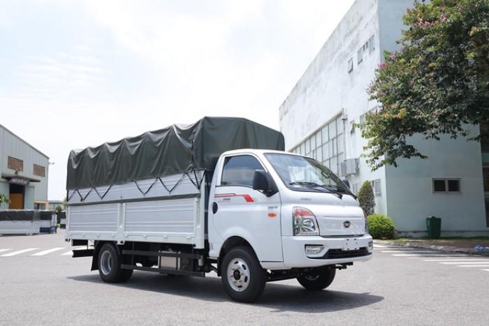 Xe tải 2T4 Daisaki máy ISUZU thùng dài 4m2