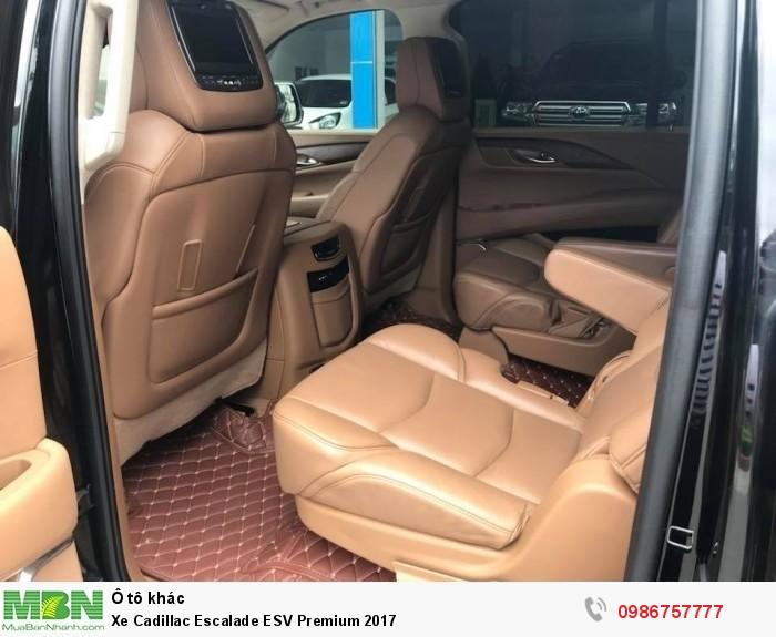 Xe Cadillac Escalade ESV Premium 2017