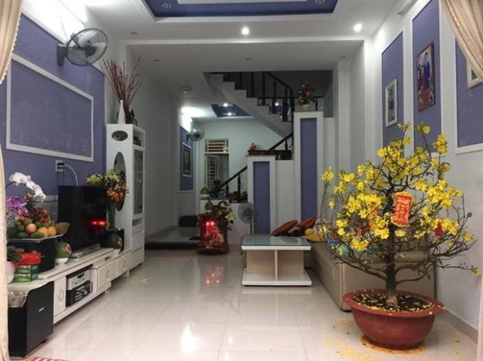 Bán nhà mặt đường 8m Trần Văn Quang Tân Bình 70 m2 3 lầu