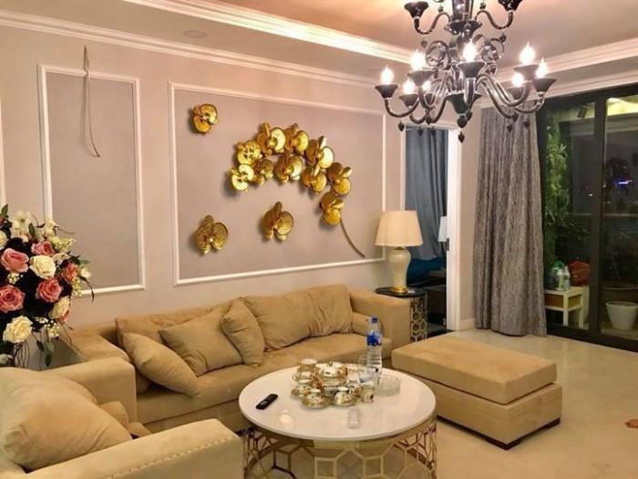 Bán gấp nhà hai mặt phố Nam Đồng 90m2, giá thương lượng.