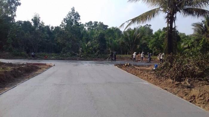 Đất hot đường cây thông ngoài, giá cực tốt 16,5tr/m2, nhanh tay sở hữu trước khi lên đặc khu