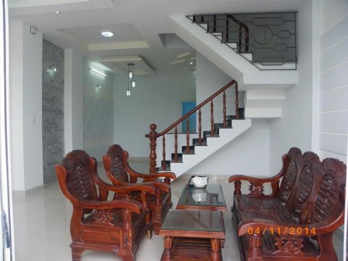 Gấp! Bán nhà Mặt Tiền  Lê Hồng Phong ,Q 10, 100m2, chỉ 19,8 tỷ