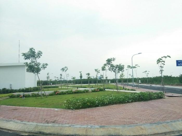 Hàng đẹp view công viên, T&T Long Hậu, Lốc G2,giá 1 tỷ 150 triệu/100m2